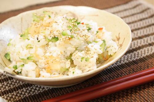 今日のキムチ料理レシピ:ゴーヤとキムチのちらし寿司