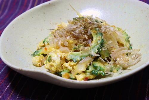 今日のキムチ料理レシピ:ゴーヤとキムチの卵炒め