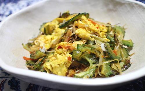 今日のキムチレシピ:ゴーヤとキムチの卵炒め