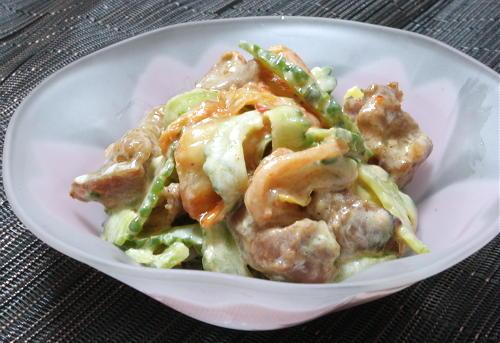 今日のキムチ料理レシピ:ゴーヤと焼き鳥のキムチマヨ和え
