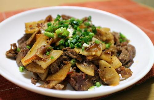 今日のキムチ料理レシピ:大根と牛肉のキムチ炒め