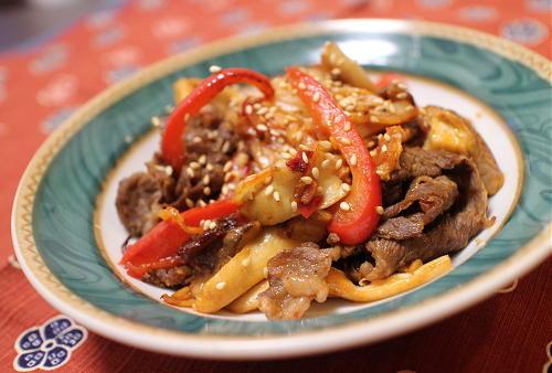 今日のキムチ料理レシピ:牛肉とエリンギのキムチ炒め