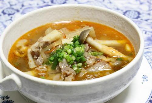 今日のキムチ料理レシピ:牛肉とキムチのスープ