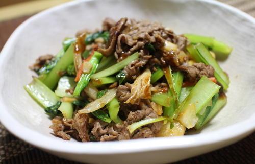 今日のキムチレシピ:牛肉と小松菜のキムチオイスターソース炒め