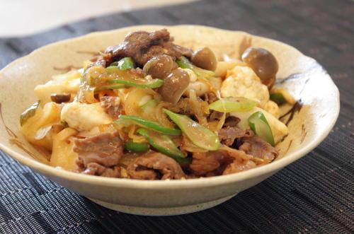 今日のキムチ料理レシピ:キムチ牛肉豆腐