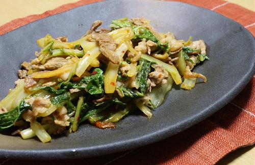 今日のキムチ料理レシピ:白菜と豚肉のピリ辛炒め
