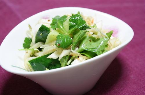 今日のキムチ料理レシピ:白菜のサラダ