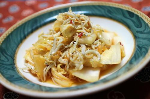 今日のキムチ料理レシピ:白菜のピリ辛シラス煮