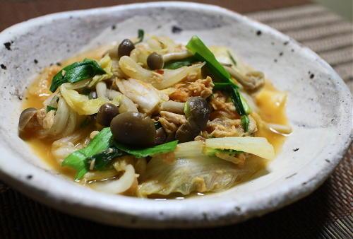 今日のキムチ料理レシピ:白菜のピリ辛味噌煮