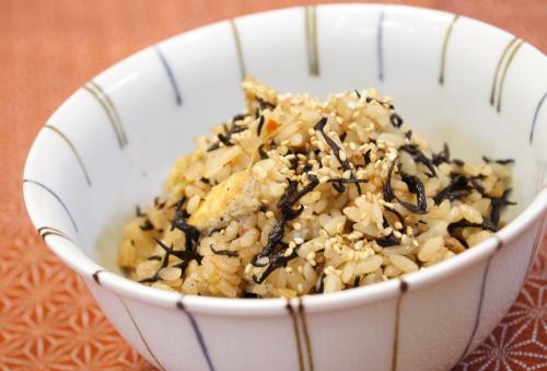 今日のキムチ料理レシピ:ひじきキムチご飯