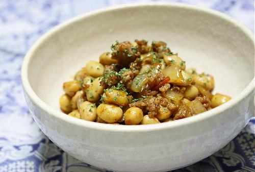 今日のキムチ料理レシピ:大豆のピリ辛ひき肉炒め