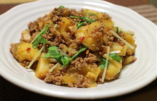 今日のキムチレシピ:ジャガイモのキムチひき肉煮
