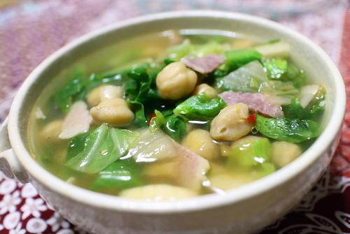 今日のキムチレシピ:ひよこ豆とキャベツのキムチスープ