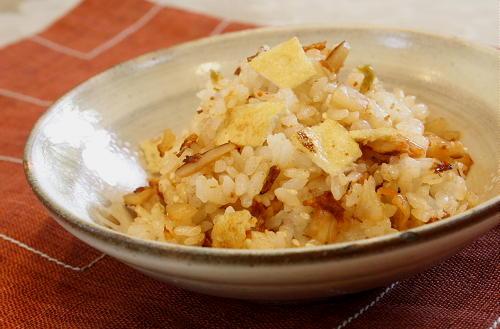 今日のキムチ料理レシピ:干しエビとキムチの混ぜご飯