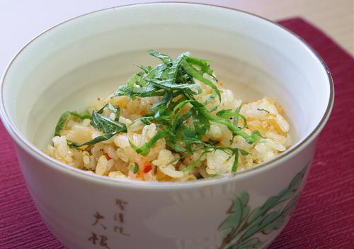 今日のキムチ料理レシピ:干しエビとしらすのキムチ混ぜご飯