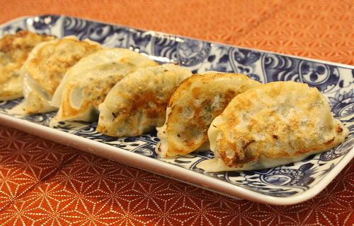 今日のキムチ料理レシピ:ほうれん草とキムチの餃子