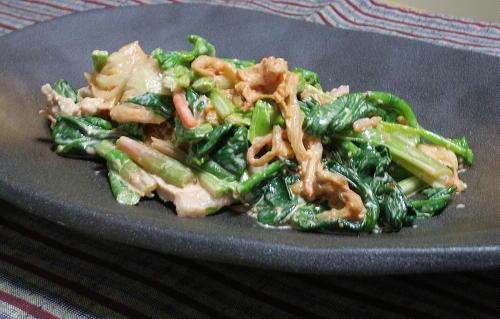 今日のキムチ料理レシピ:豚肉とほうれん草のキムマヨ和え