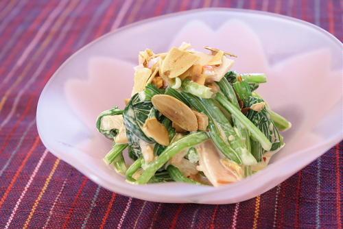 今日のキムチ料理レシピ:ホウレン草とハムのキムチマヨネーズ和え