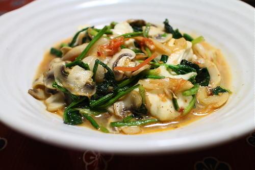 今日のキムチレシピ:ほうれん草とキムチのモッツァレラチーズチーズ焼き