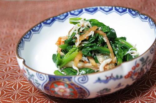 今日のキムチ料理レシピ:ほうれん草とキムチのお浸し