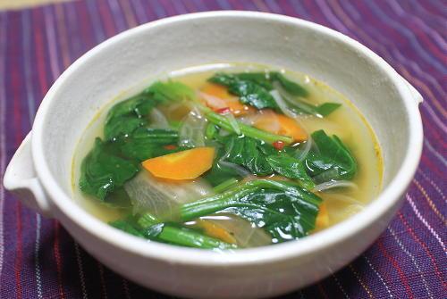 今日のキムチレシピ:ほうれん草とキムチのスープ