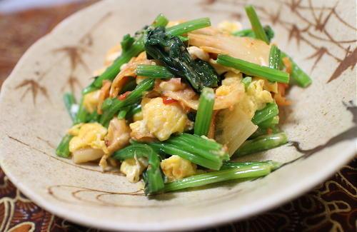 今日のキムチレシピ:ほうれん草と卵とキムチのケチャマヨ和え