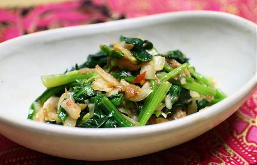今日のキムチ料理レシピ:ほうれん草の梅キムチ和え