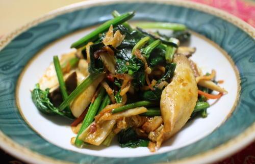 今日のキムチレシピ:ほうれん草とキムチのウスターソース炒め