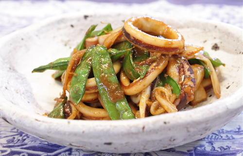 今日のキムチ料理レシピ:いかとキムチのごま味噌炒め