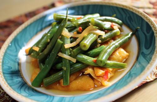今日のキムチ料理レシピ:いんげんと油揚げのピリ辛煮