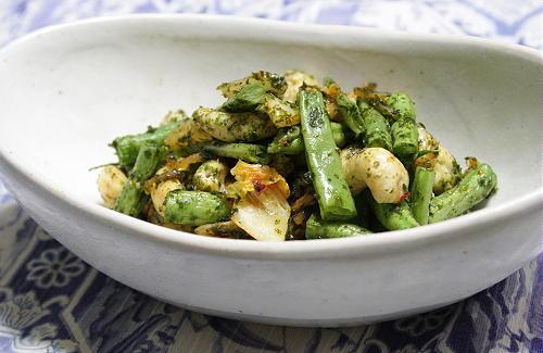 今日のキムチ料理レシピ:いんげんとキムチの青海苔炒め