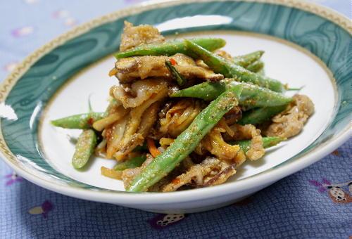 今日のキムチ料理レシピ:いんげんとしいたけのキムチごま炒め
