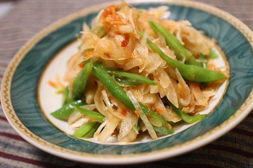 今日のキムチレシピ:いんげんと玉ねぎのピリ辛サラダ