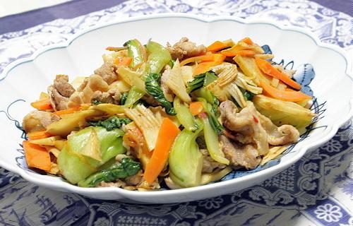 今日のキムチ料理レシピ:彩野菜と豚肉のキムチ炒め