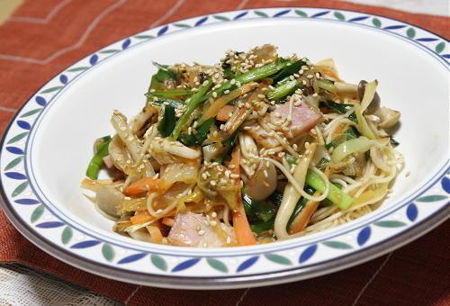 今日のキムチ料理レシピ:キムチ炒め素麺