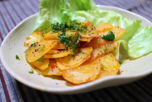 今日のキムチ料理レシピ:じゃがいものピリ辛炒め