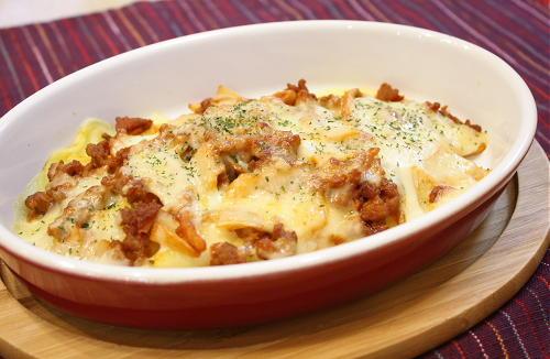 今日のキムチ料理レシピ:ジャガイモとキムチひき肉のチーズ焼き