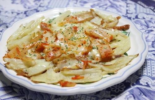 今日のキムチ料理レシピ:ジャガイモとキムチのガレット