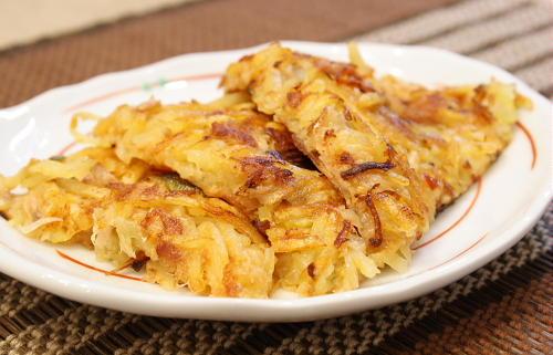 今日のキムチ料理レシピ:ジャガイモとツナとキムチのお焼き