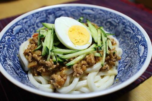 今日のキムチ料理レシピ:ピリ辛ひき肉うどん