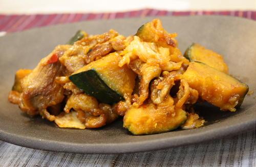 今日のキムチ料理レシピ:かぼちゃと豚肉のピリ辛炒め