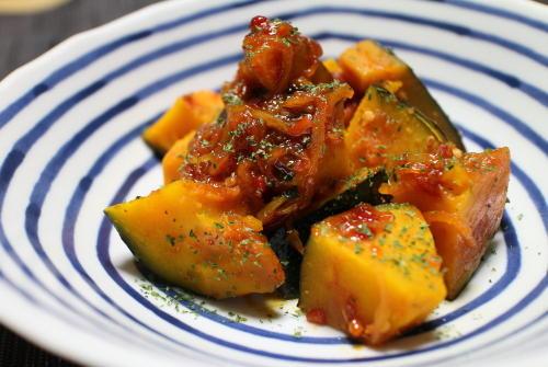 今日のキムチ料理レシピ:かぼちゃのピリ辛バター煮