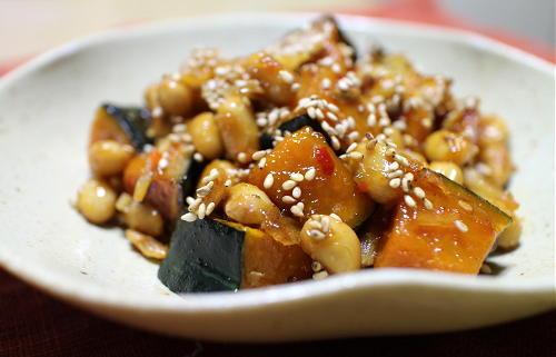 今日のキムチレシピ:かぼちゃと大豆のキムチ甘辛炒め