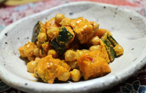 今日のキムチ料理レシピ:かぼちゃとひよこ豆のピリ辛和え