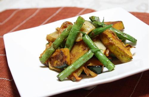今日のキムチ料理レシピ:カボチャといんげんのキムチ焼き