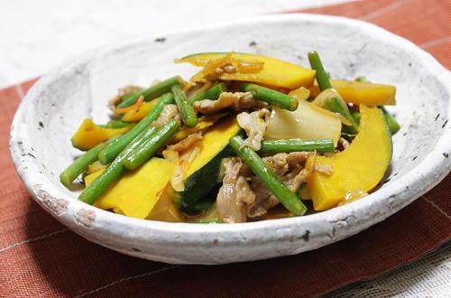今日のキムチ料理レシピ:南瓜と豚肉のキムチ塩炒め
