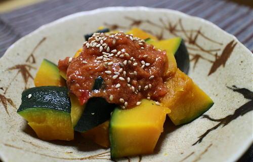 今日のキムチ料理レシピ:かぼちゃのピリ辛マヨ和え