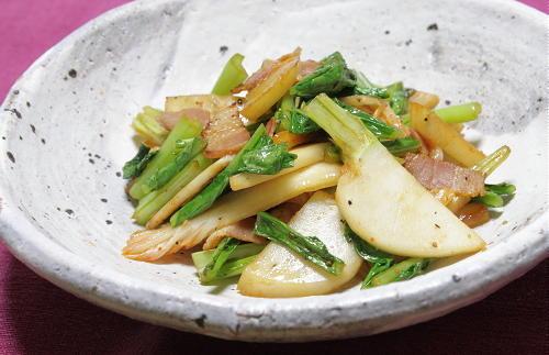 今日のキムチ料理レシピ:かぶとキムチのあっさり炒め