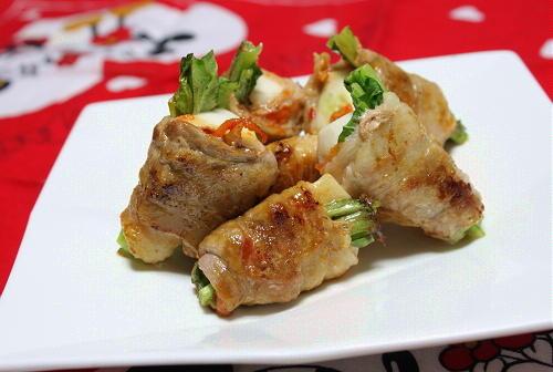 今日のキムチ料理レシピ:カブのピリ辛豚肉巻き