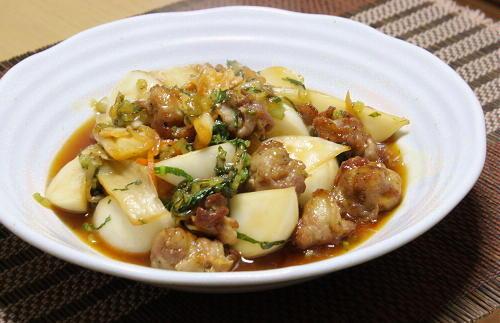 今日のキムチ料理レシピ:カブと豚肉とキムチの甘酢あん